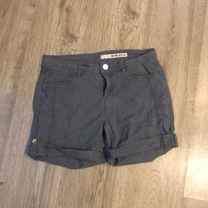DKNY cargo grey shorts